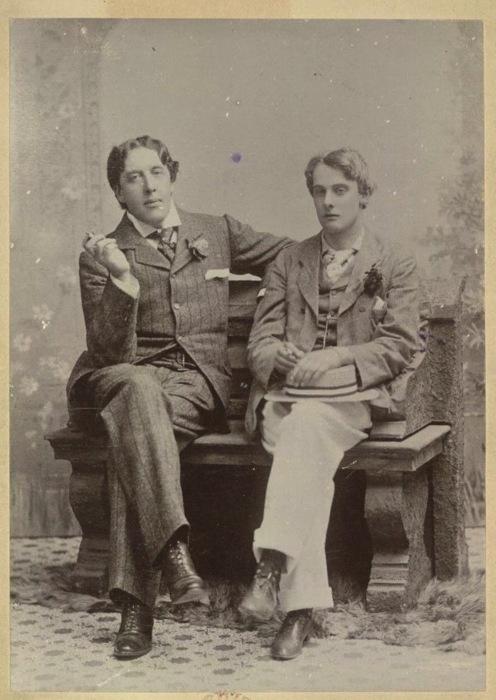 Oscar Wilde andMasking